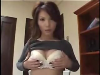 Asian girl gives boyfriend head asian amateur blowjob